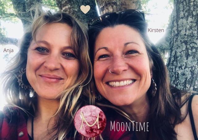 Photo of Anja and Kirsten