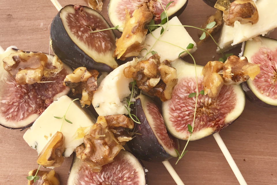 Blue cheese and fig skewers