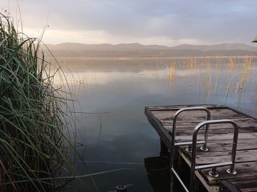 Scenic photo of lake